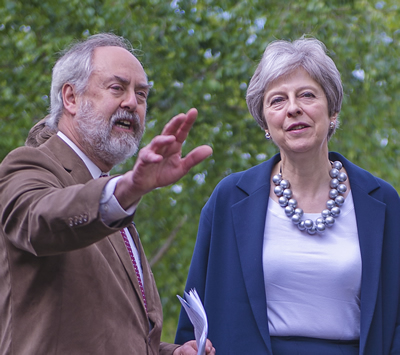 Theresa May with Rabbi Dr Jonathan Romain of Maidenhead Synagogue