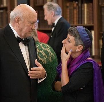 Rabbi Laura Janner-Klausner and FW de Klerk
